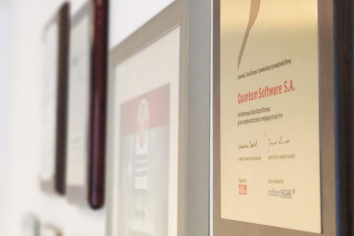 Certyfikaty, nagrody